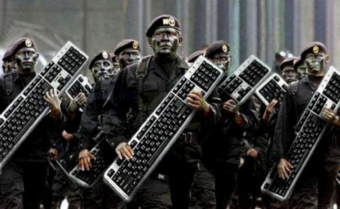 bordo-klavye